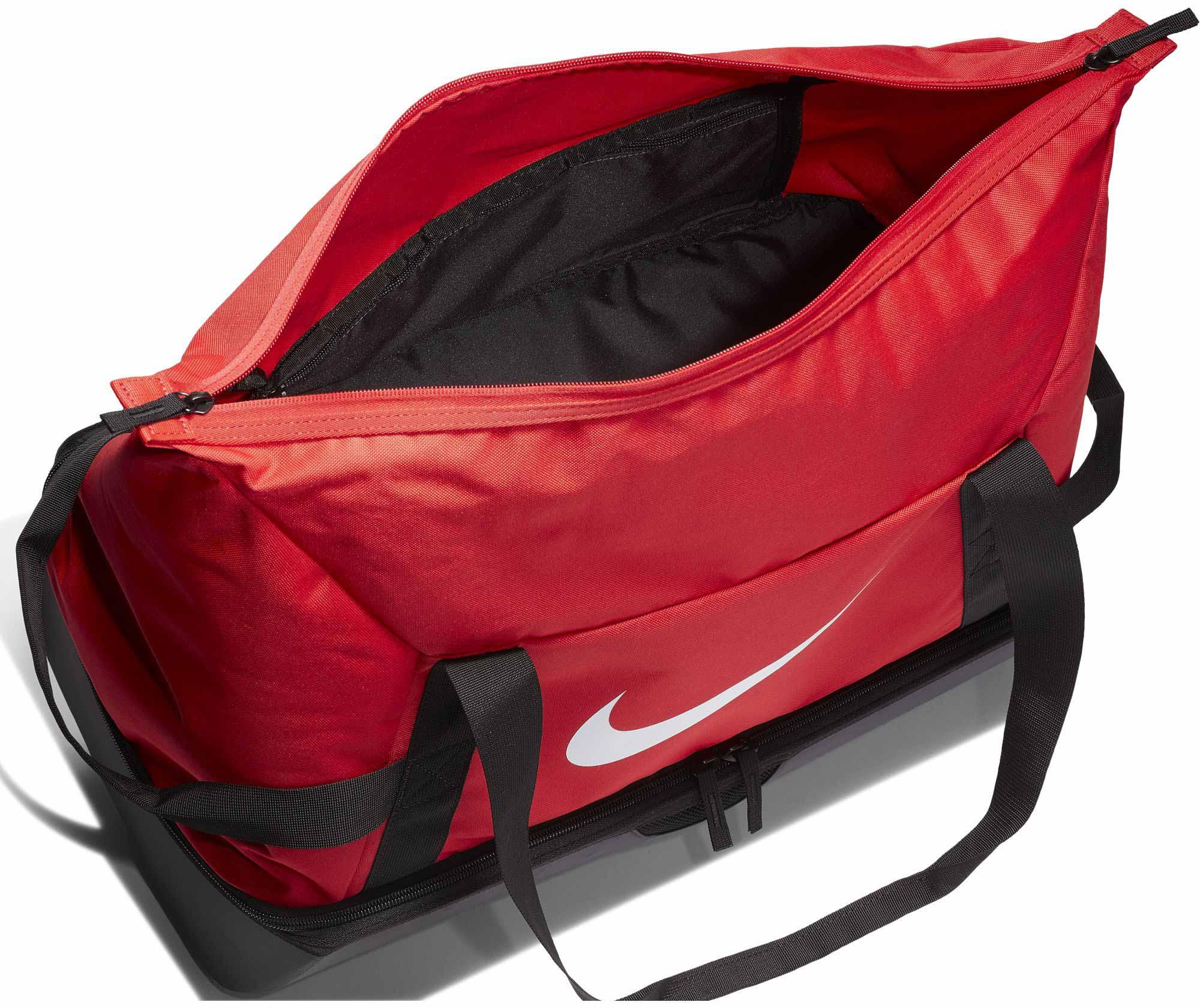 a031dc4963 Sportovní taška Nike Academy Club Team Hardcase Medium červená ...
