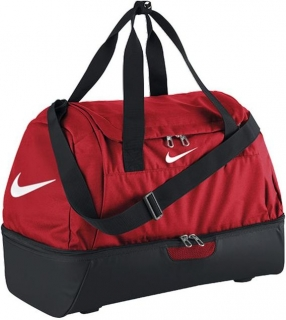 357b3e776c Sportovní taška Nike Club Team Medium červená